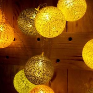 Multicolor LED Cotton Balls 230 V 30 Pcs. small 2