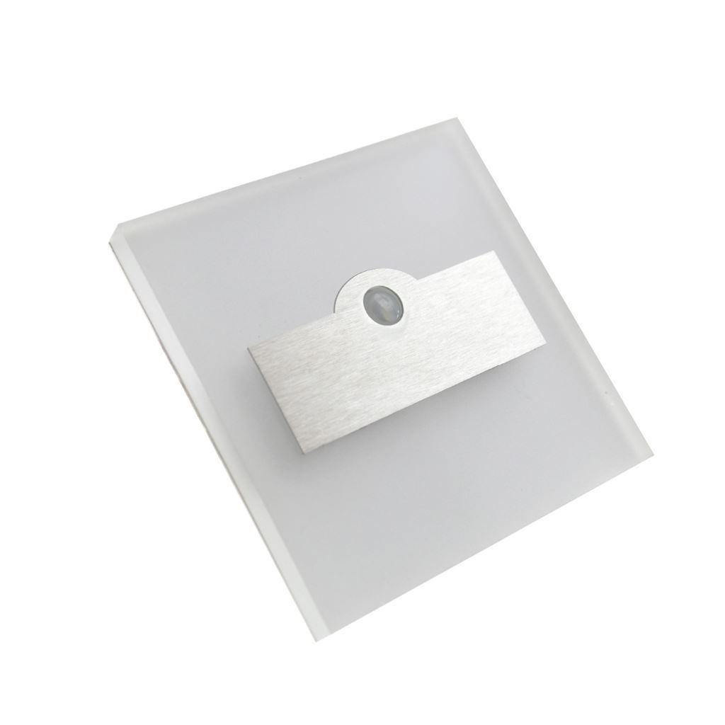 Silver Lumi. Color: Neutral 4000 K. Pir. 12 V