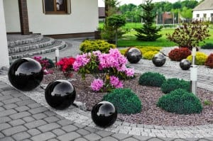 Decorative Ball for the Garden. Choice of colors 22 cm small 1