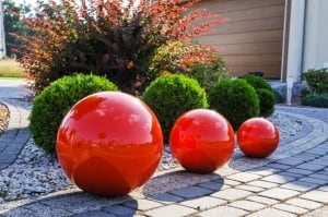 Decorative Ball for the Garden. Choice of colors 22 cm small 2