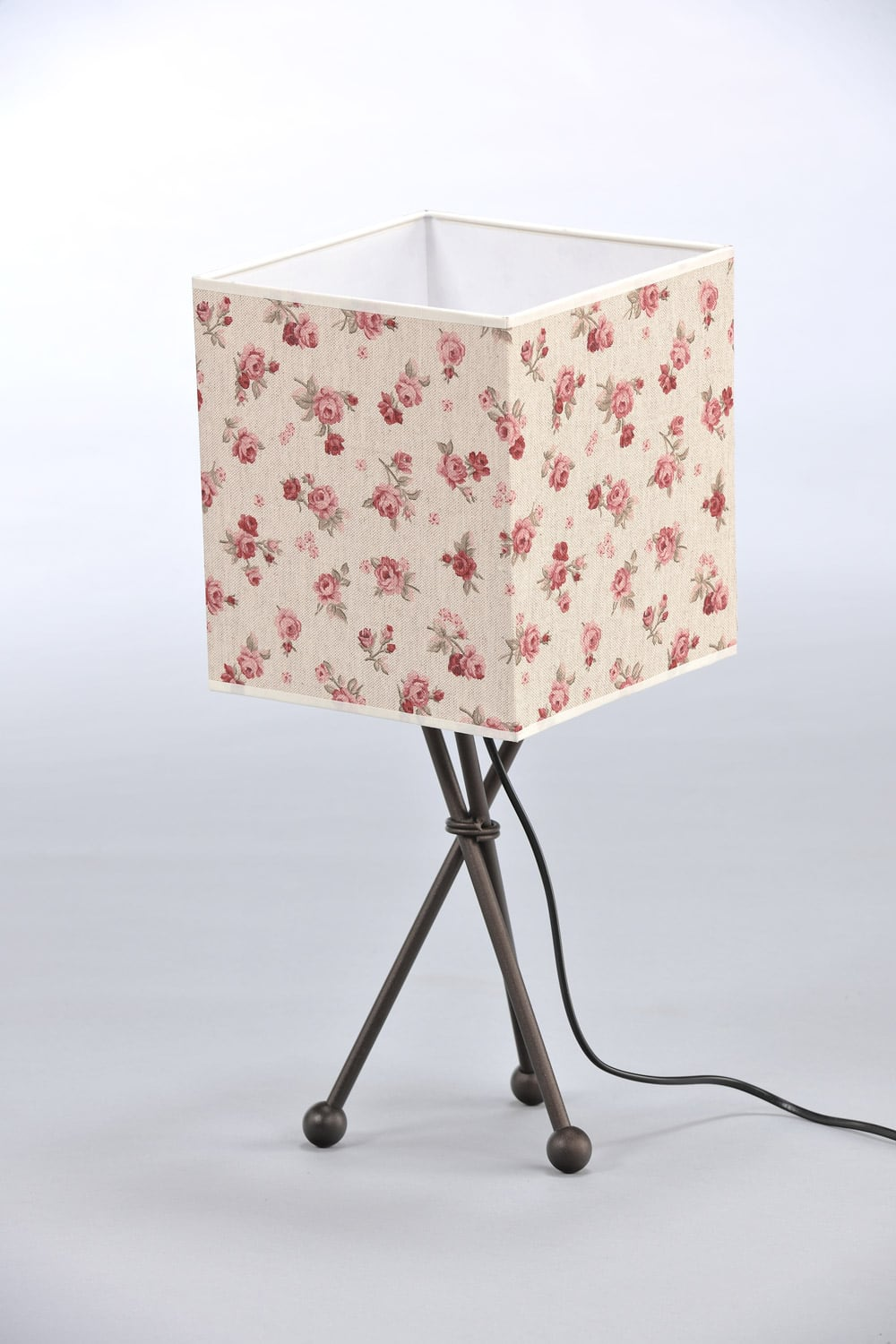 Night Lamp in Roses Shabby Chic Cube