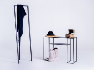 TORGET METAL 100 console - black small 1