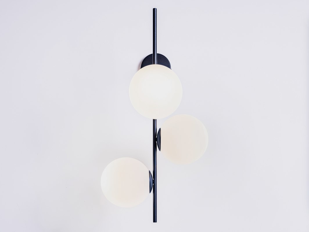 BOBLER 1connect wall lamp - black