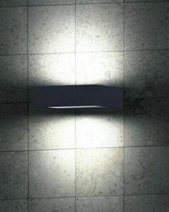 Outdoor wall lamp FORM small 1