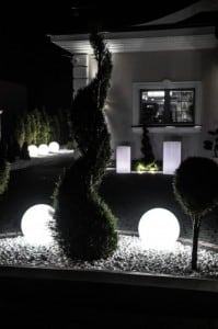 Glowing garden ball, Luna ball 40 cm, path lighting, white, gloss small 3