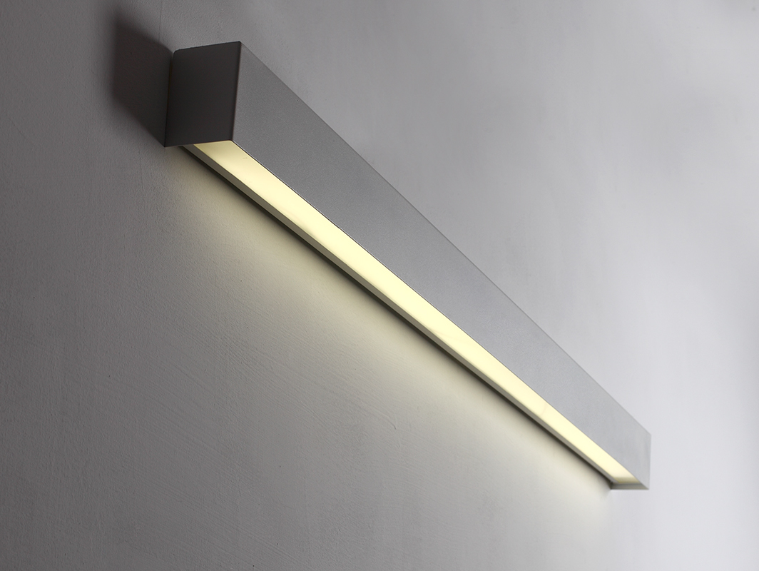 LINE WALL LED M wall lamp - white