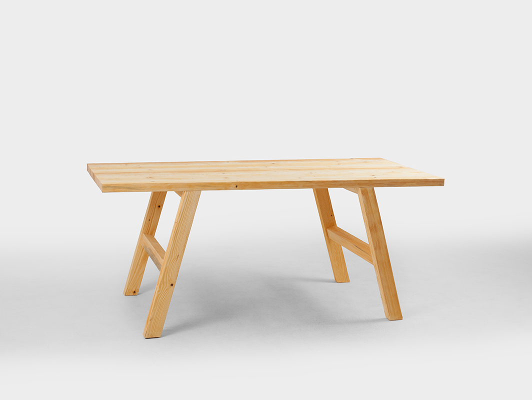 ROTH dining table