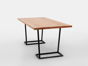 FLY dining table small 3