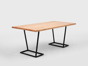 FLY dining table small 0