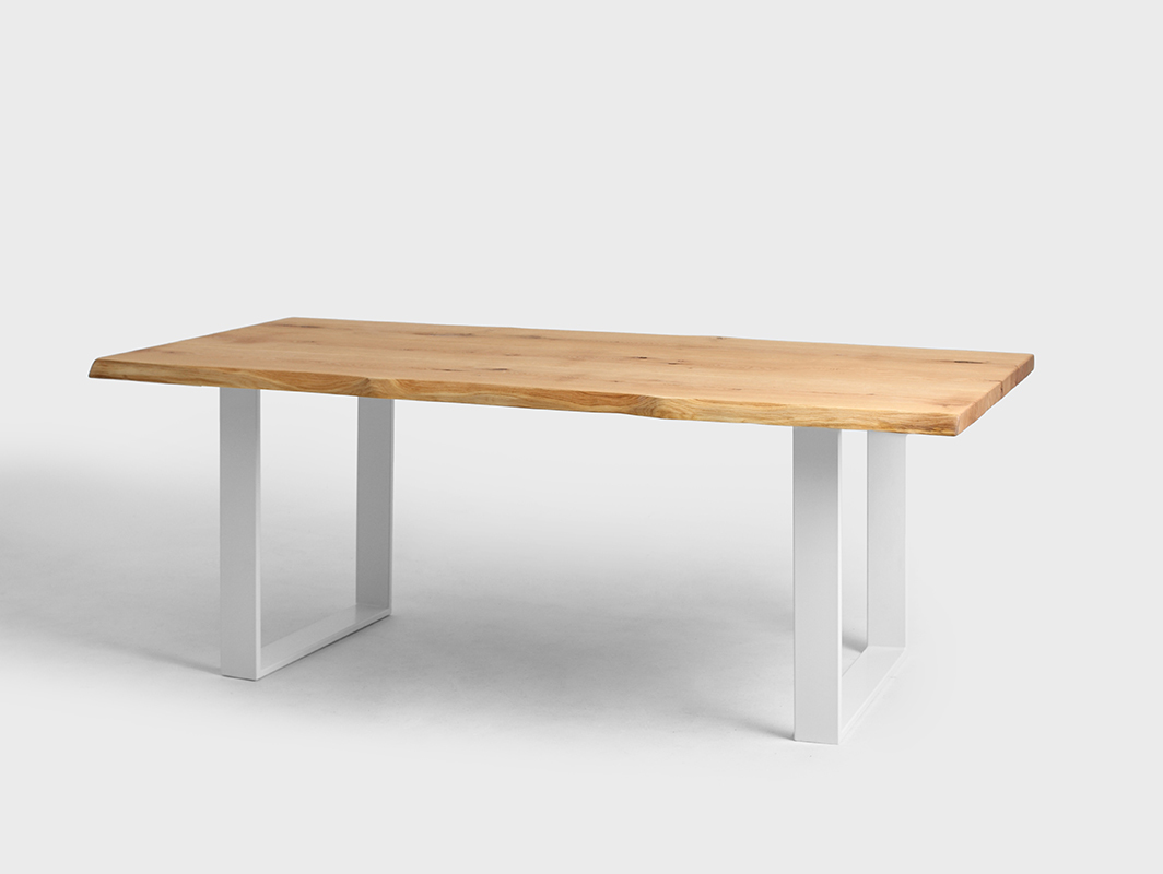 FELD dining table