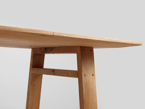 VICTOR dining table small 4