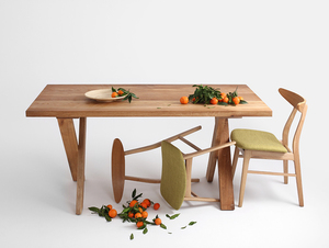 MAVET dining table small 2