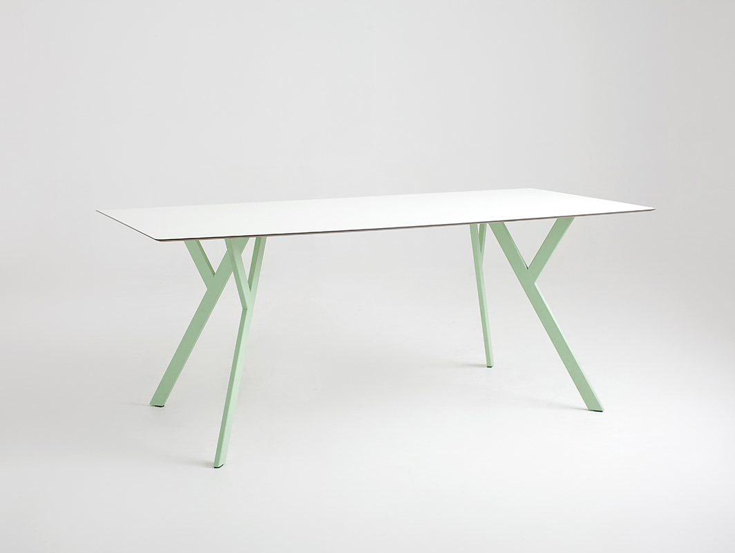 ZX dining table