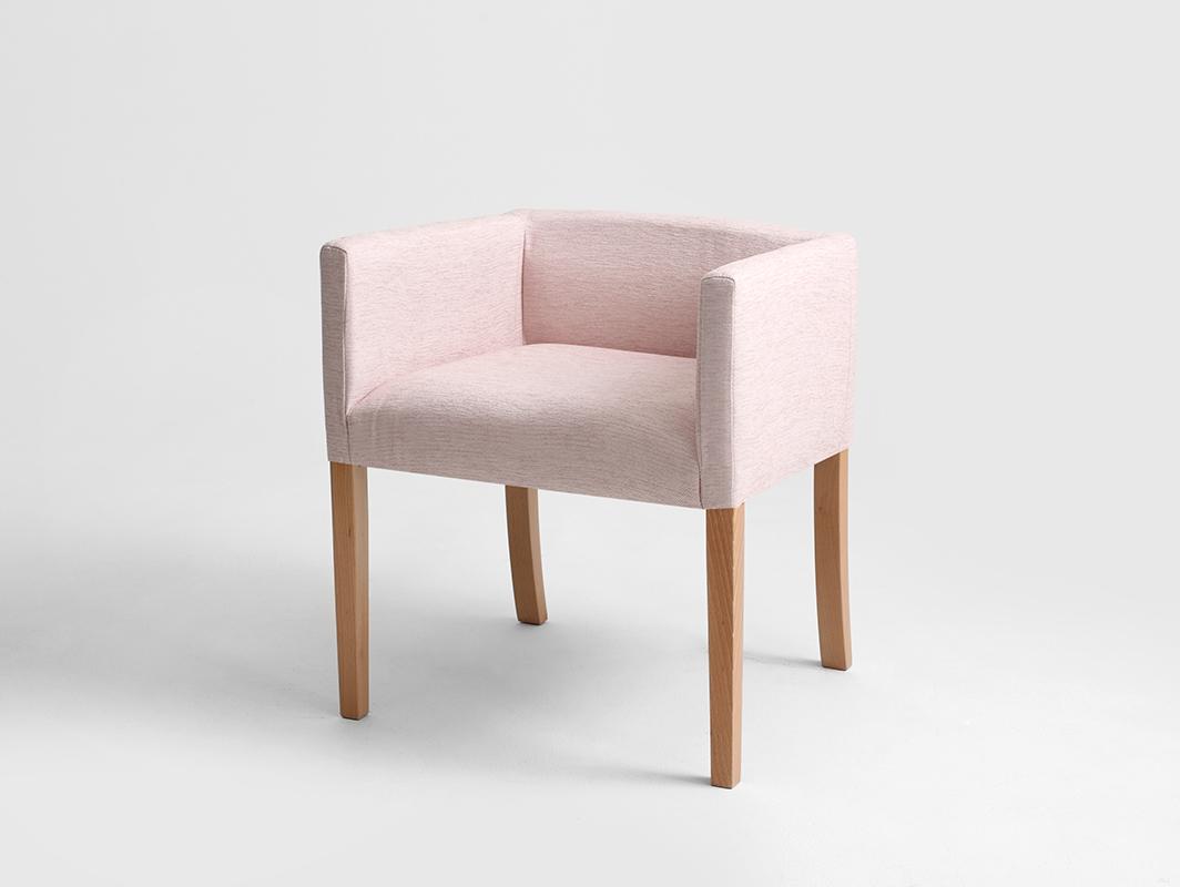 WILTON ARMS BOX 65 armchair