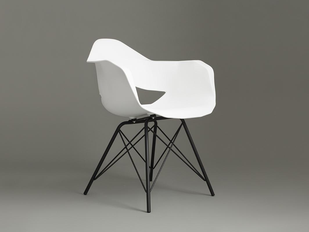 MATCH ARMS METAL BLACK chair - white
