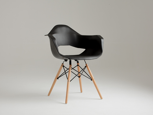 MATCH ARMS WOOD chair - black