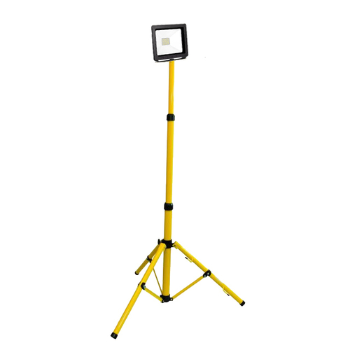 A single slim LED floodlight on a 120W 6400K tripod