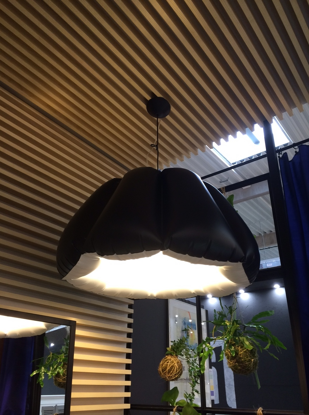 Hanging lamp PUFF BUFF ORCA