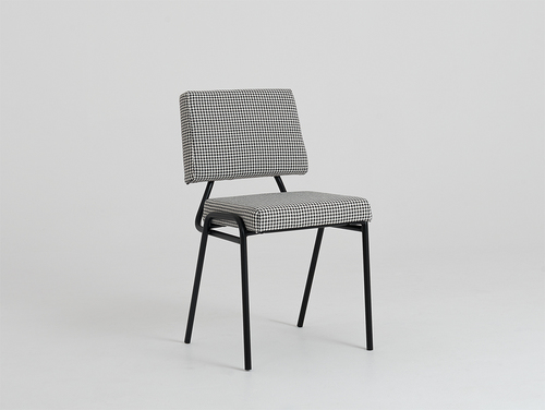SIMPLE chair