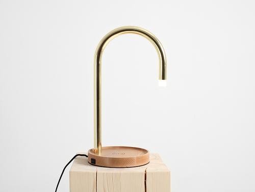 PIPER LED charge table lamp - brass